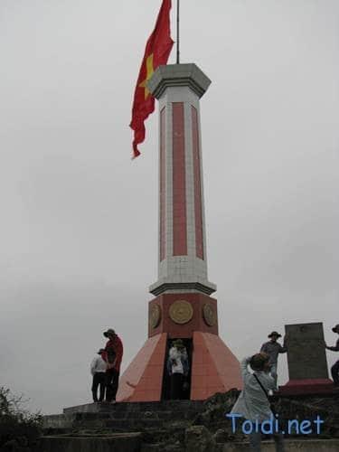 Cột cờ Lũng Cú, du lịch Hà Giang
