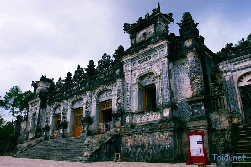 Lang Khai Dinh Du lịch bụi Huế