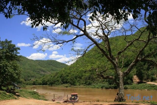 Sông Mã đất Lào