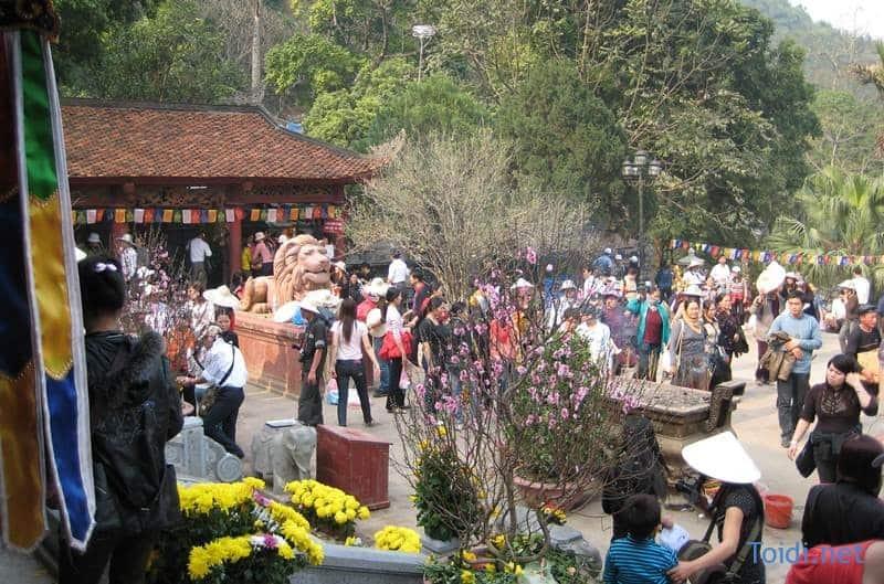 Le hoi chua huong Du lịch Chùa Hương