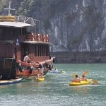 Cheo kayak o Ha Long