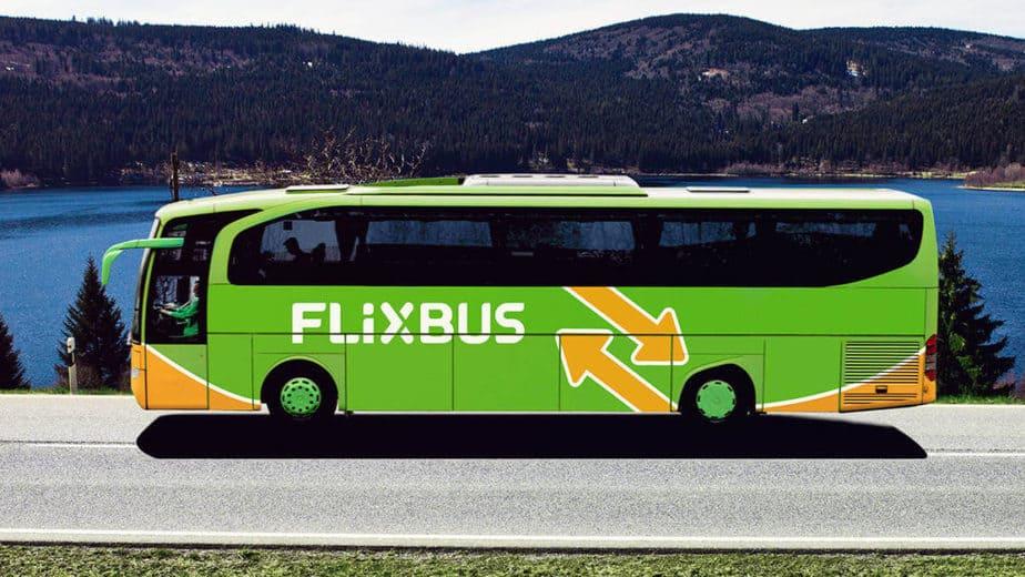 Xe bus đường dài ở châu Âu
