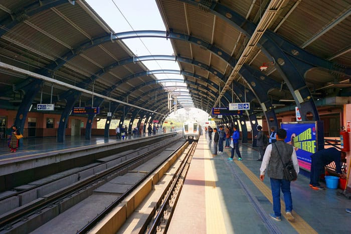 metro-o-new-delhi