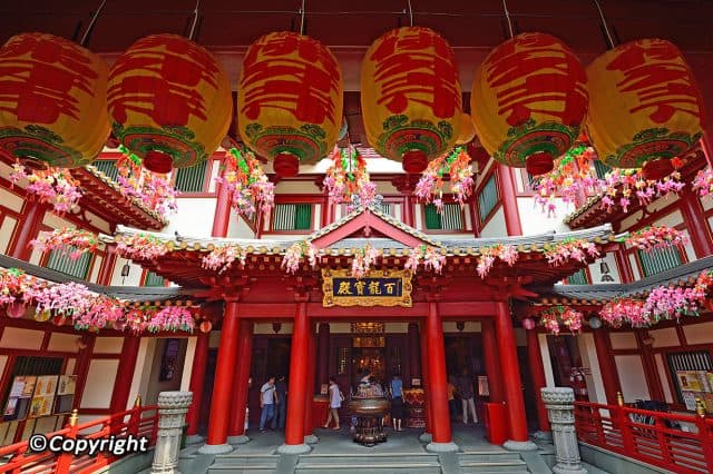 chinatown-10-diem-du-lich-singapore-3-e1493387746236