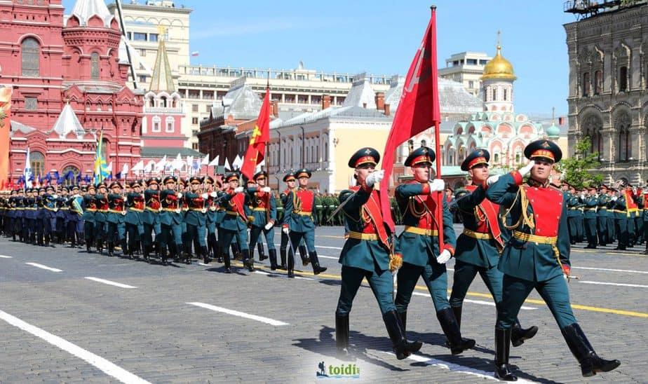 Quảng Trường Đỏ Moscow – Lý giải Tên Gọi & Kinh nghiệm Du lịch